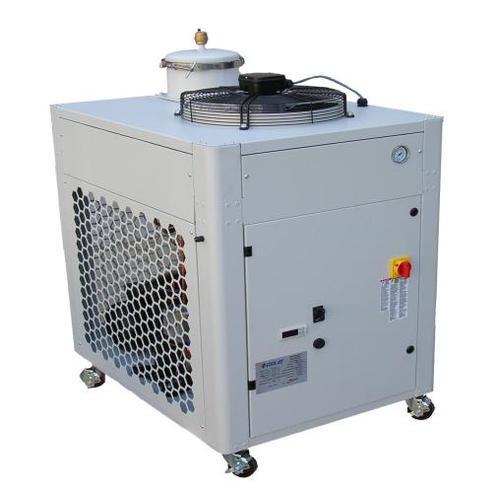 Coolant chiller unit